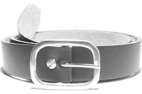 Double D nickel-plated brass buckle on a vegan belt