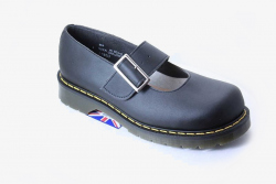 One Bar vegan womens Shoe with a stubby toe