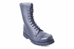 10 lace boot