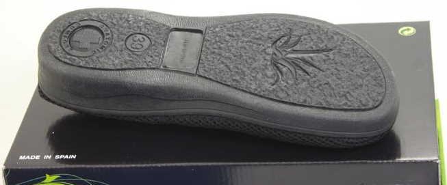Mesh sandal rubber sole